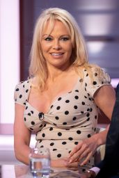 "Pamela Anderson - ""Good Evening Britain"" TV Show in London 06/28/2018"