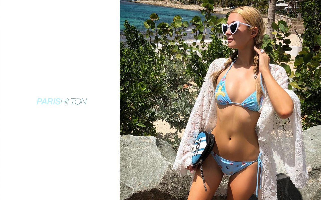 Paris Hilton Wallpapers 21