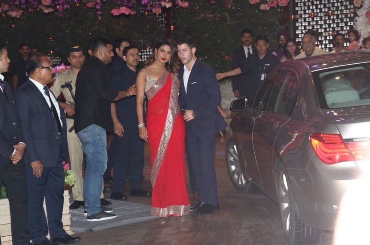 https://celebmafia.com/wp-content/uploads/2018/06/priyanka-chopra-and-nick-jonas-arrive-at-an-engagement-party-in-mumbai-06-28-2018-0.jpg