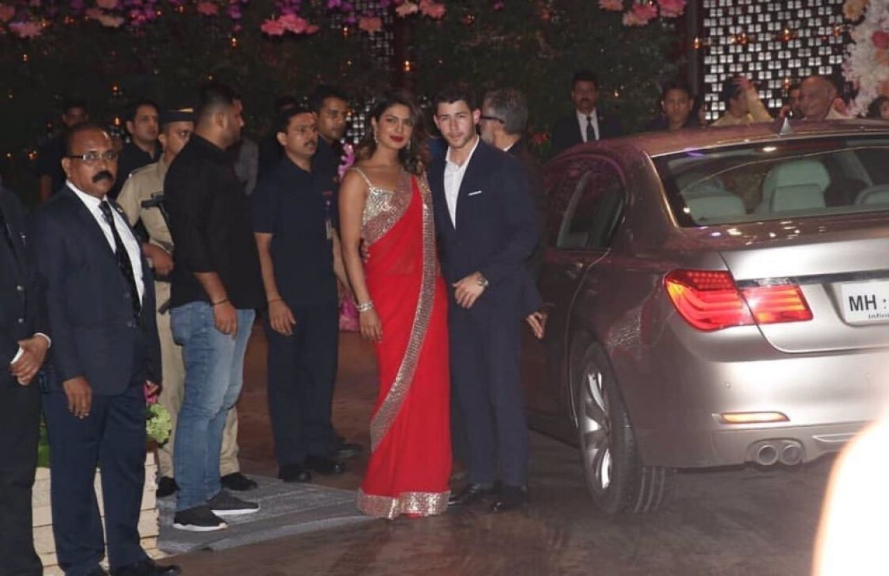 https://celebmafia.com/wp-content/uploads/2018/06/priyanka-chopra-and-nick-jonas-arrive-at-an-engagement-party-in-mumbai-06-28-2018-1.jpg