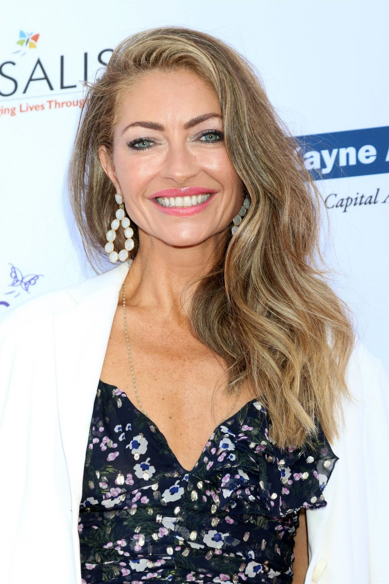 https://celebmafia.com/wp-content/uploads/2018/06/rebecca-gayheart-2018-chrysalis-butterfly-ball-in-la-5.jpg