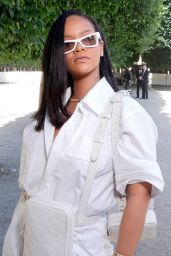 Rihanna - Louis Vuitton Show Spring Summer 2019 in Paris 06/21/2018