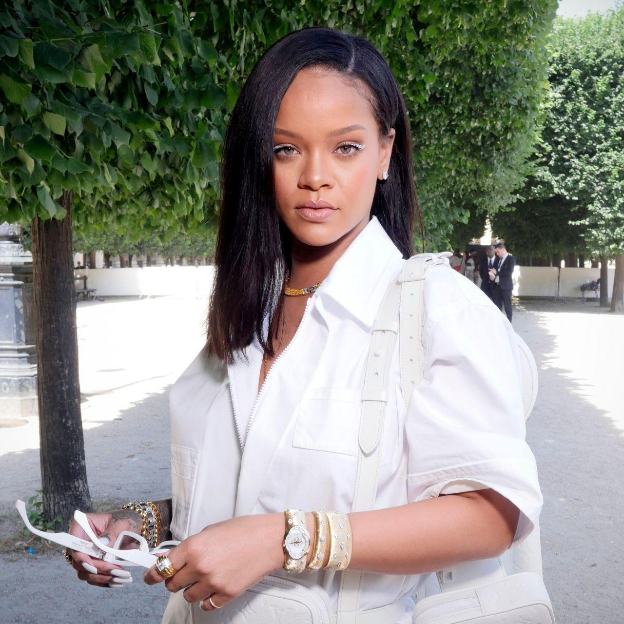 3c6a702d4f Rihanna - Louis Vuitton Show Spring Summer 2019 in Paris 06/21/2018