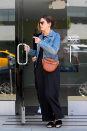 Sandra Bullock Casual Style - Out for Lunch in Los Angeles 06/19/2018