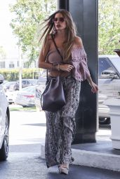 Sofia Vergara - Shopping in Beverly Hills 06/27/2018