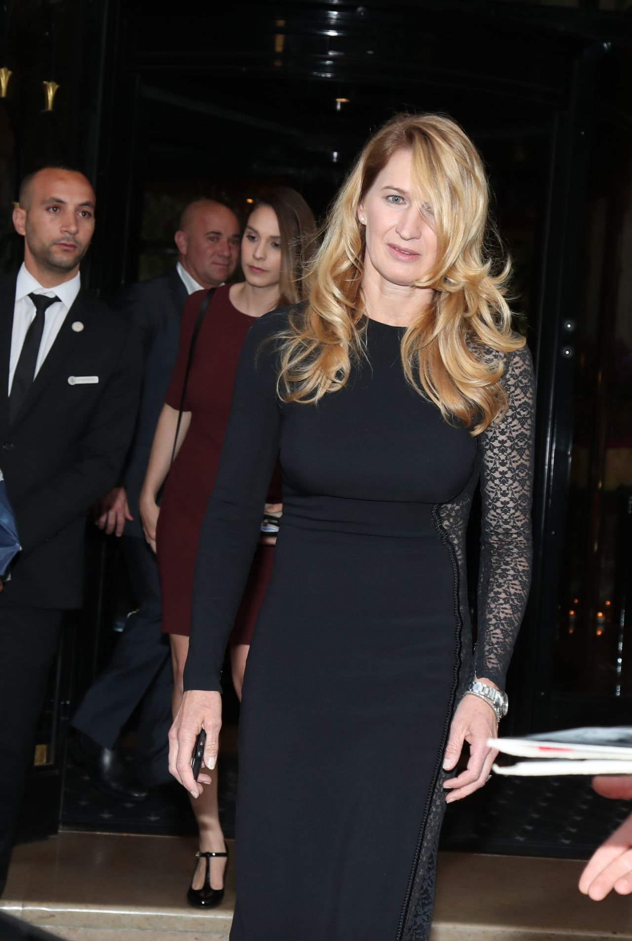 Steffi Graf Leaving George V Hotel In Paris 06022018