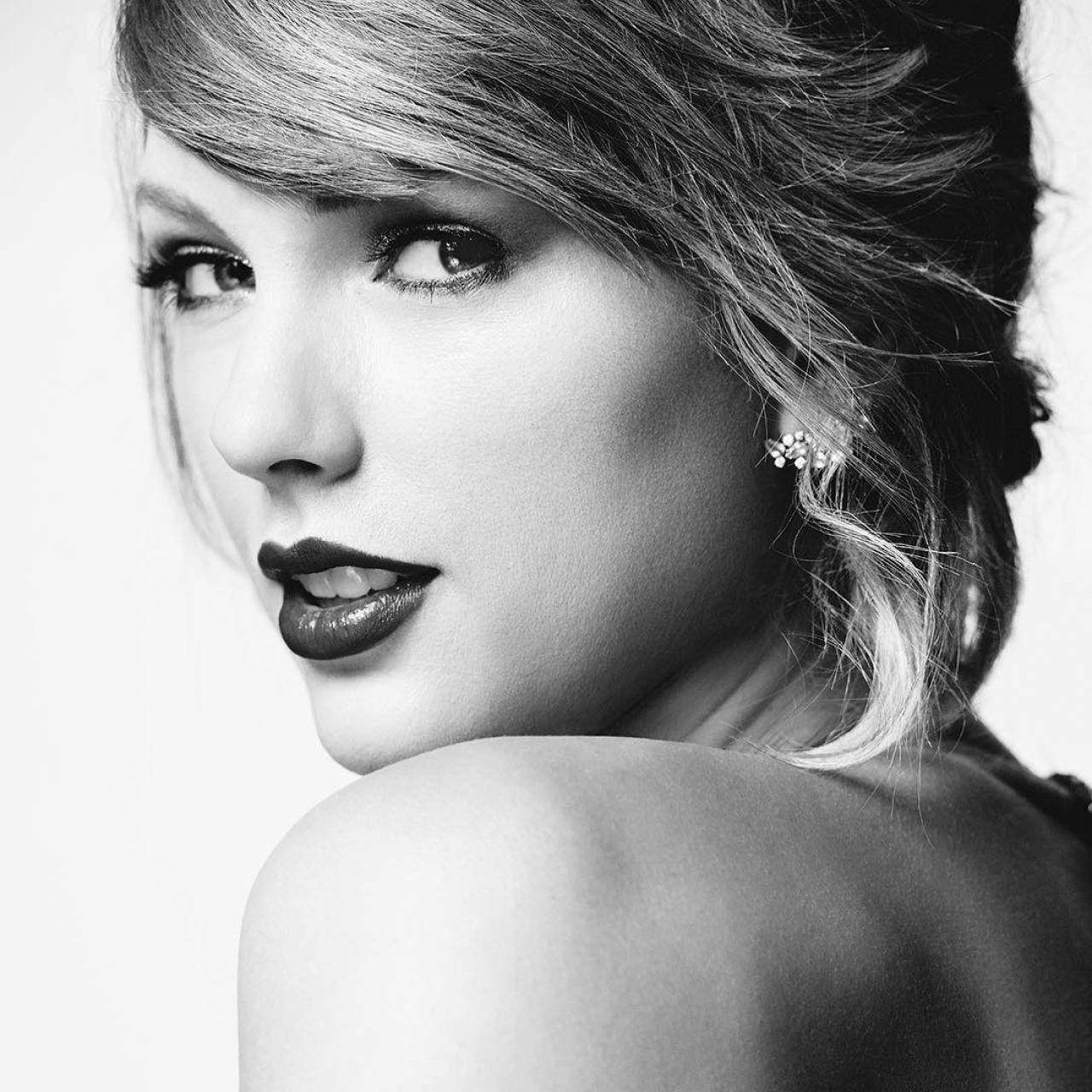 Taylor Swift - Billboa...