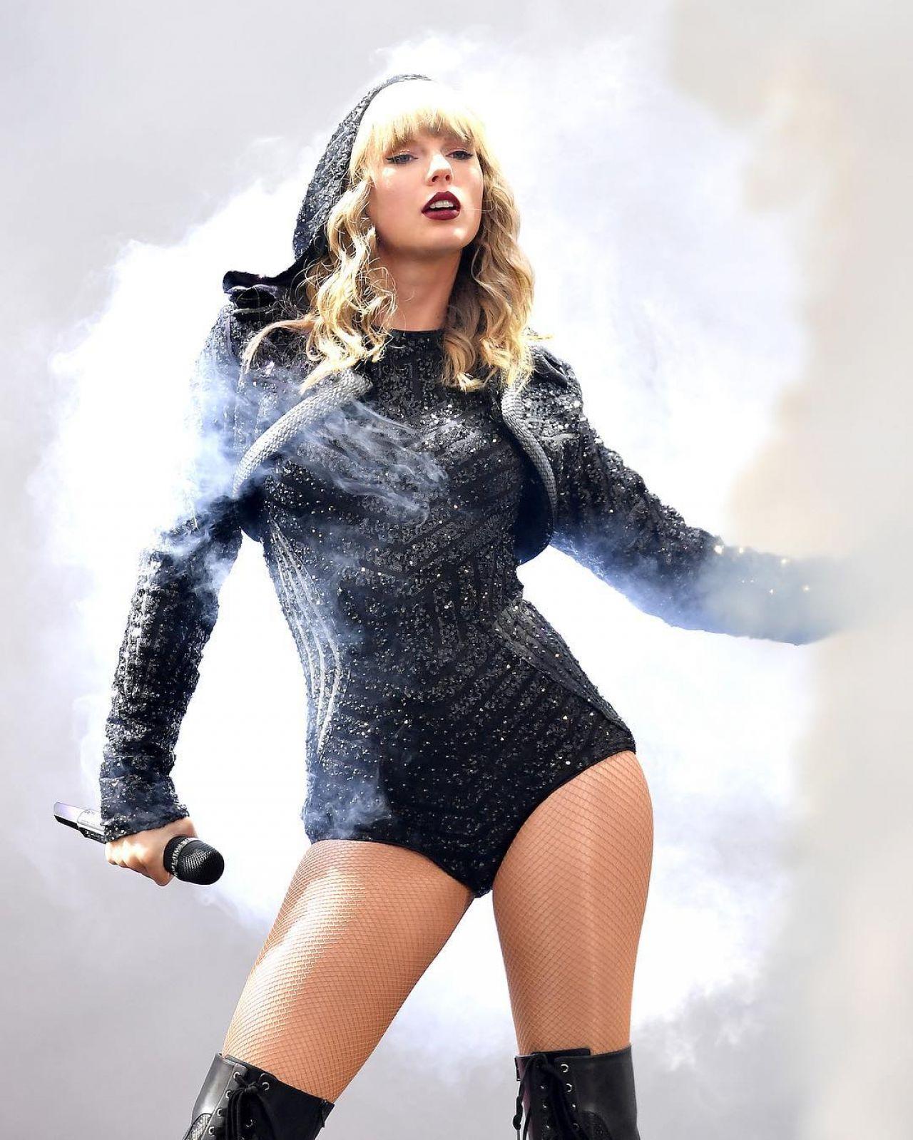 Taylor Swift - Social Media 06/16/2018 Taylor Swift