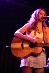 Una Healy - Performs Live in London 06/21/2018