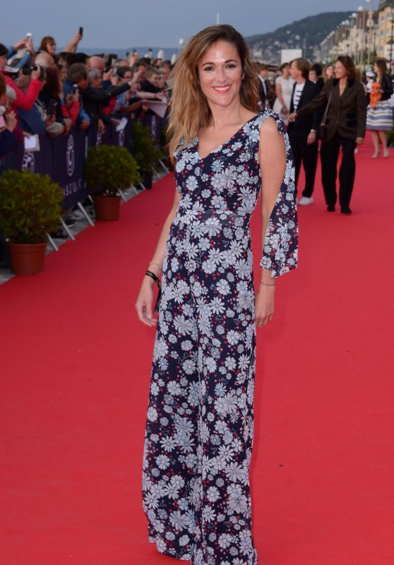 Victoria Bedos – 32nd Cabourg Film Festival Closing Red Carpet