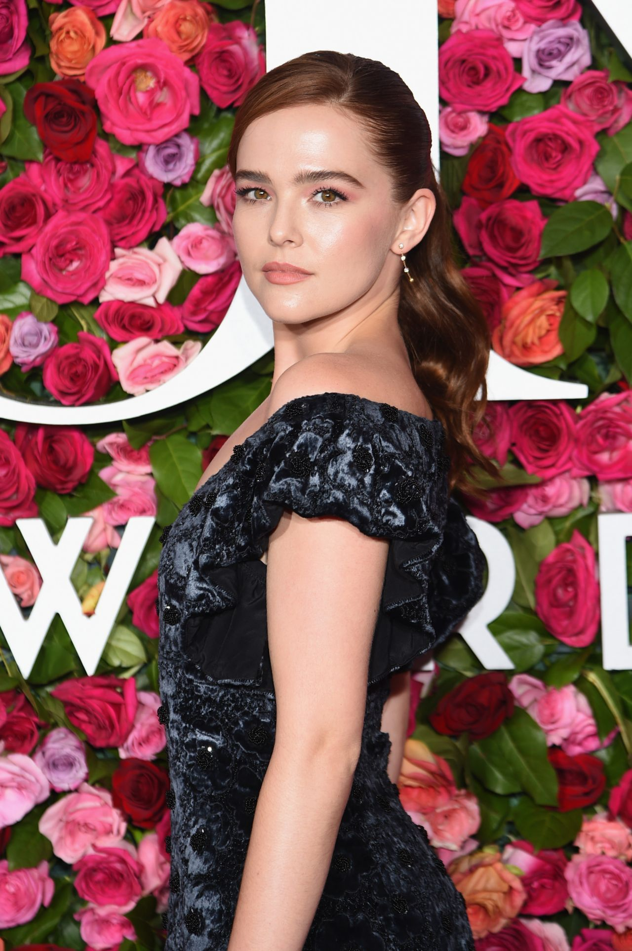 https://celebmafia.com/wp-content/uploads/2018/06/zoey-deutch-2018-tony-awards-in-nyc-0.jpg