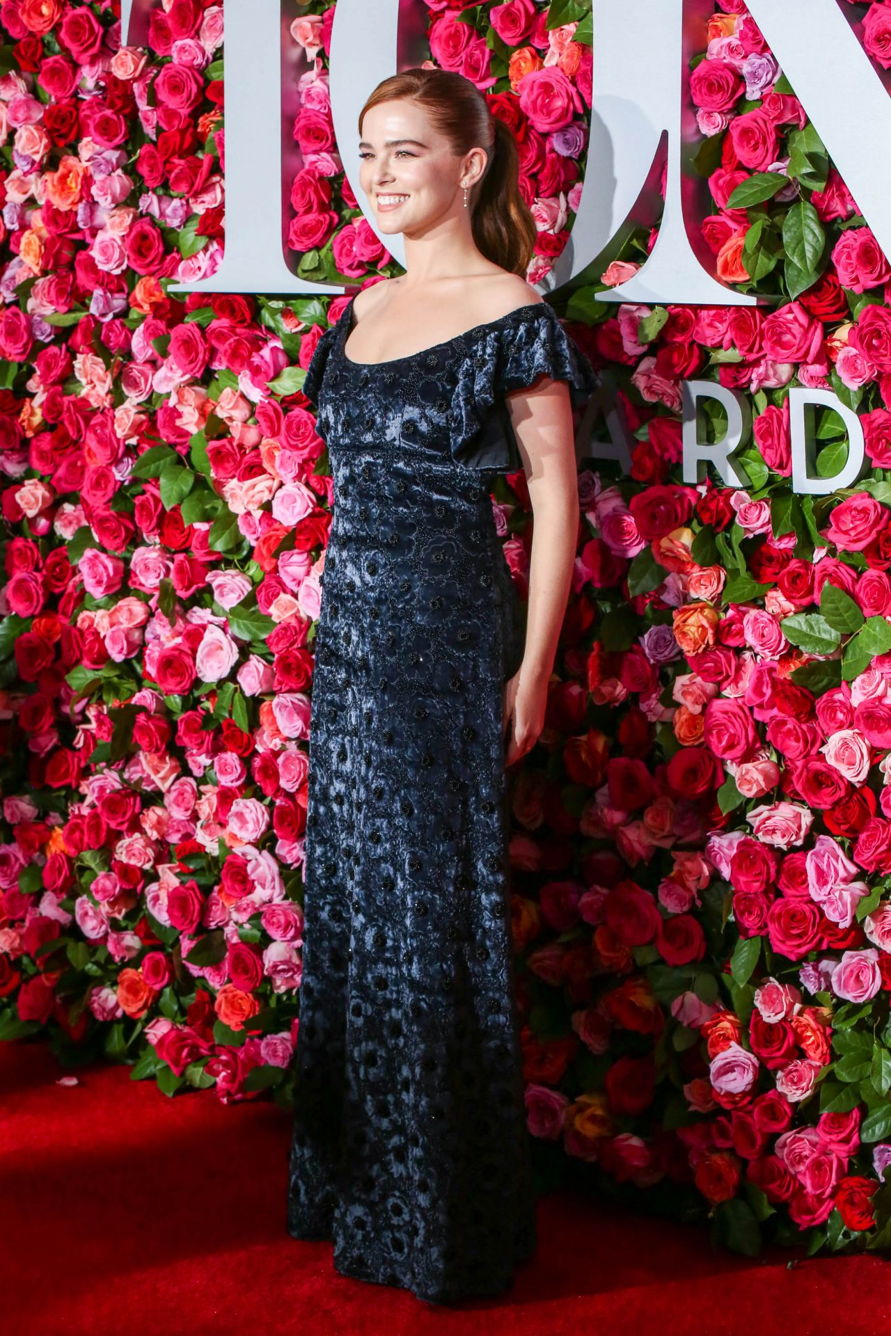 https://celebmafia.com/wp-content/uploads/2018/06/zoey-deutch-2018-tony-awards-in-nyc-7.jpg