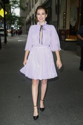 """Zoey Deutch - Arriving to Appear on """"Today"""" Show in New York 06/13/2018"""