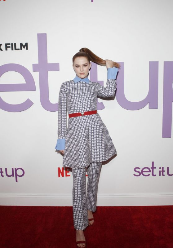 "Zoey Deutch - ""Set It Up"" Specials Screening in New York"
