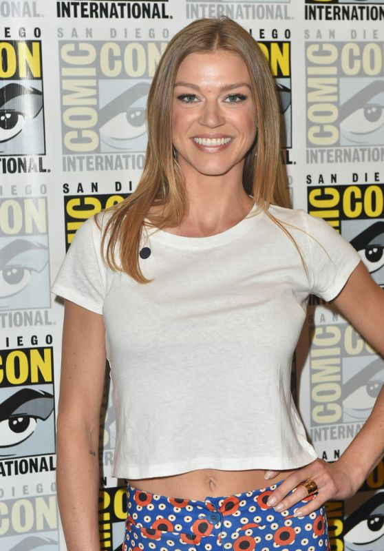 "Adrianne Palicki - ""The Orville"" Press Line at 2018 SDCC"
