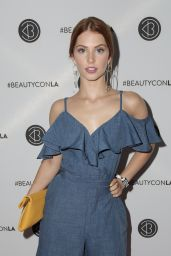 Ainsley Ross – Los Angeles Beautycon Festival 2018