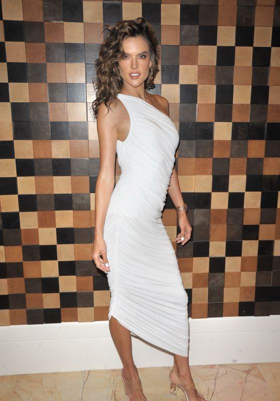 Alessandra Ambrosio - HQ2 Beachclub at Ocean Resort Casino in Atlantic City