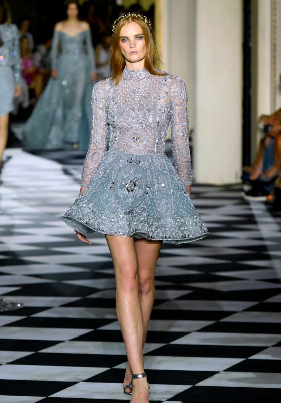 Alexina Graham Walking Zuhair Murad Show, PFW in Paris 07/04/2018