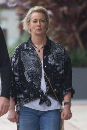 Amanda Keller - Going For a Walk Around Broadbeach on the Gold Coast 07/01/2018
