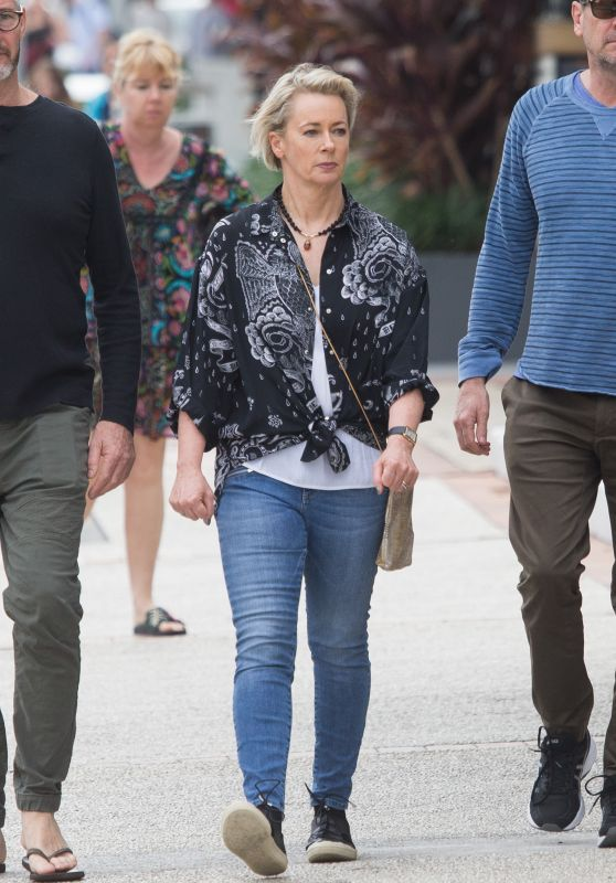 Amanda Keller - Going For a Walk Around Broadbeach on the Gold Coast 07/01/2018