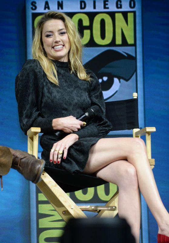 "Amber Heard - ""Aquaman"" Panel at 2018 San Diego Comic-Con 07/21/2018"