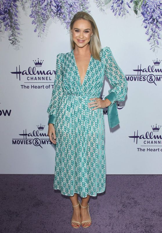 Becca Tobin – Hallmark Channel Summer TCA 2018 in Beverly Hills