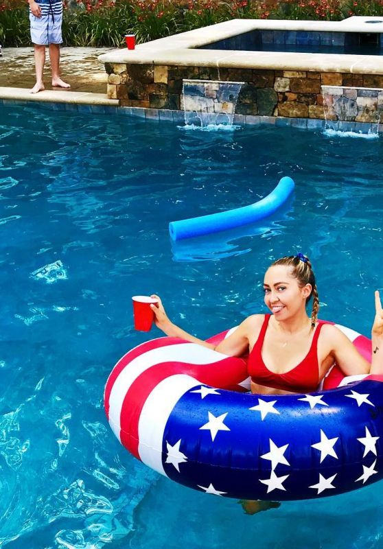 Brandi Cyrus – Social Media 07/09/2018
