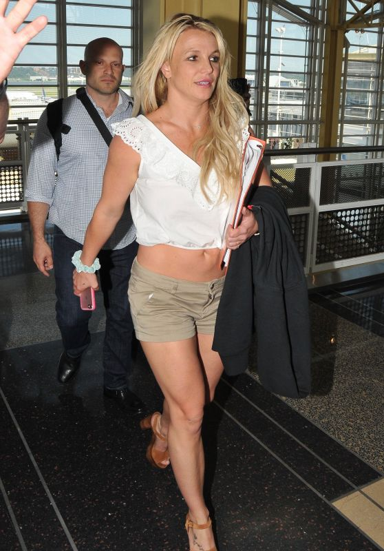 Britney Spears - Arriving in Washington DC 07/10/2018