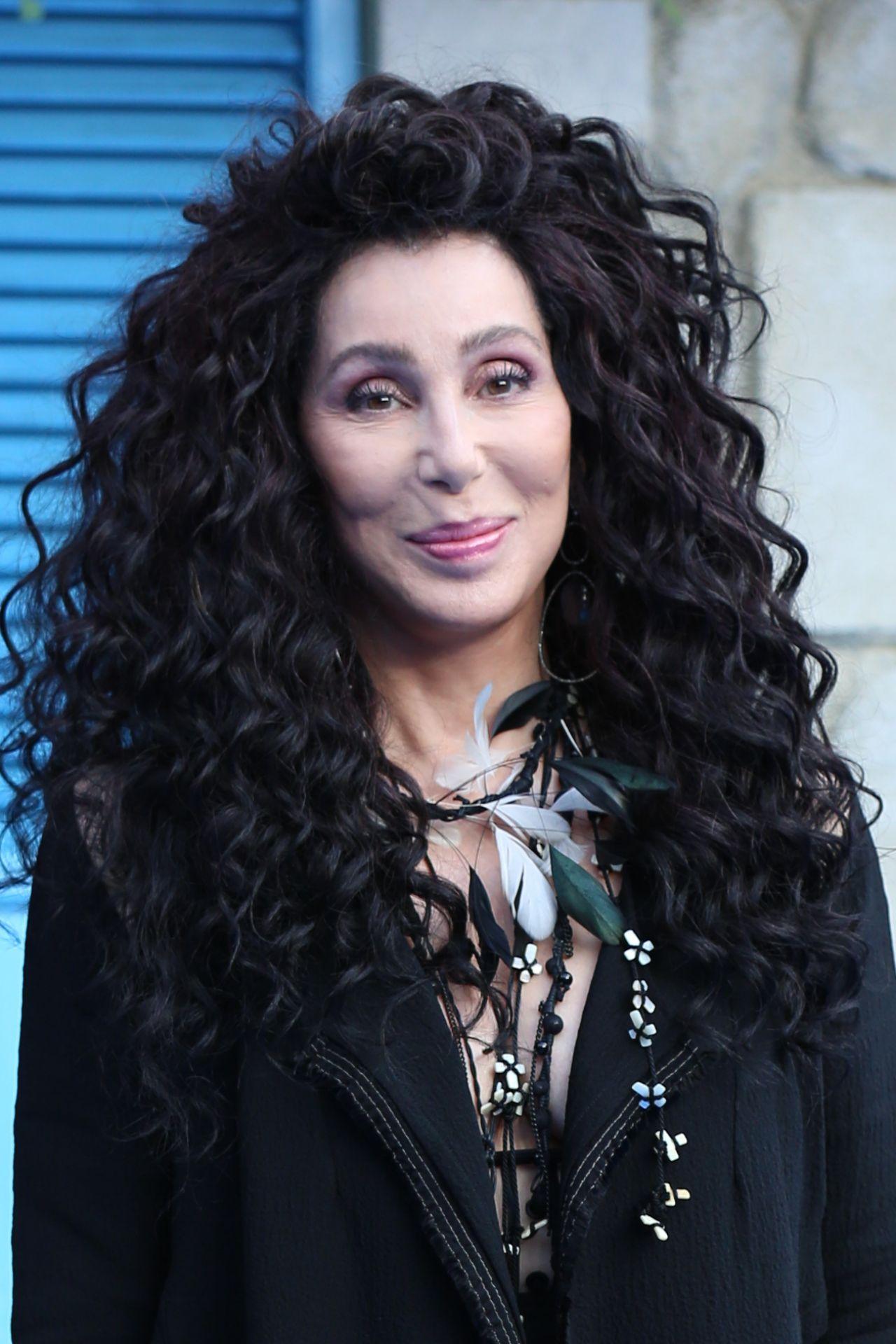 """Cher – """"Mamma Mia: Here We Go Again"""" Premiere in London"""