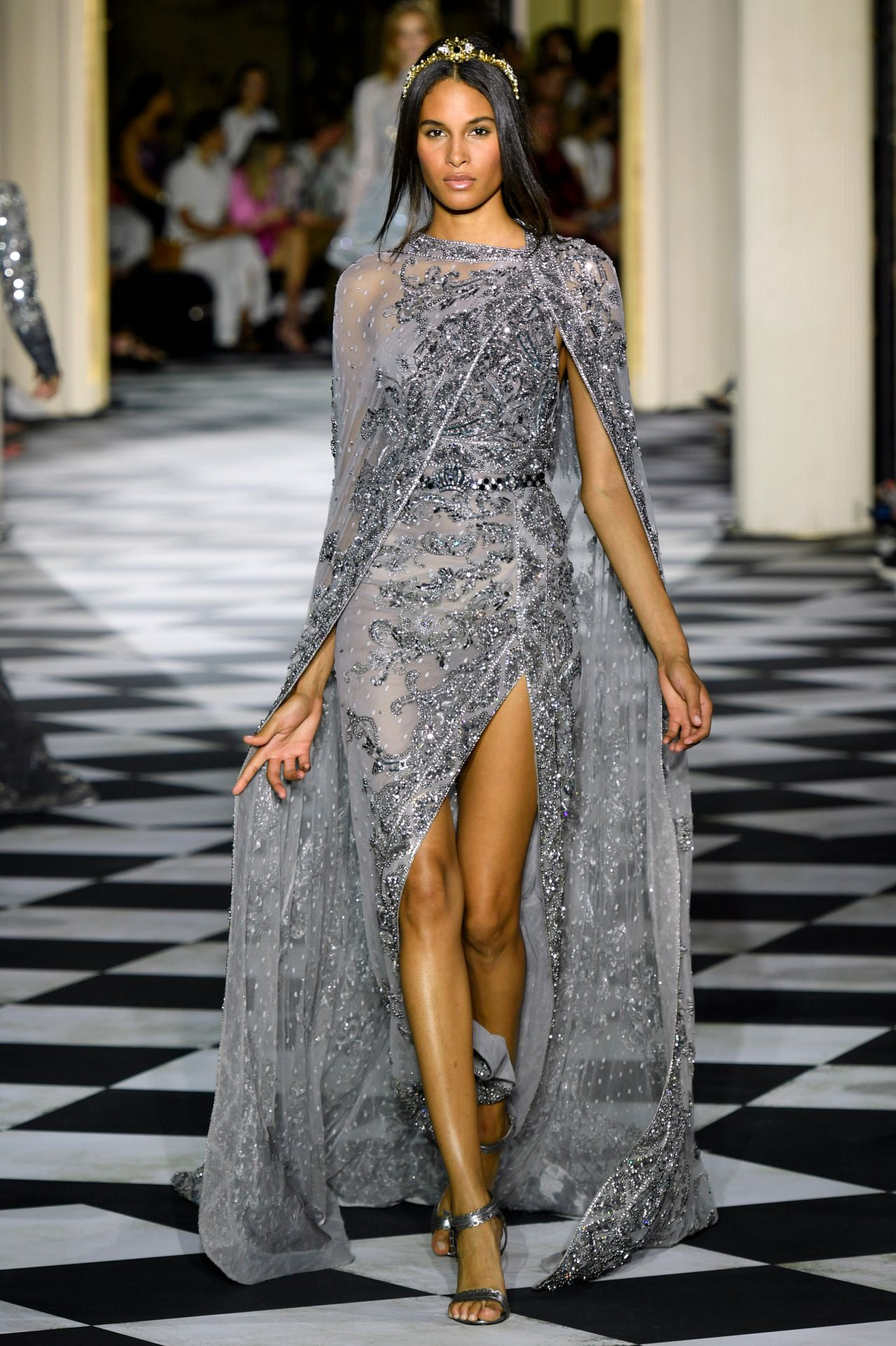 Cindy Bruna Walking Zuhair Murad Show Pfw In Paris 07 04 2018