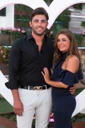 "Dani Dyer – ""Love Island"" TV Show S4E57 in Majorca"