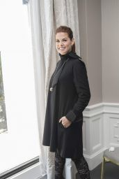 Debra Messing - Photocall in West Hollywood 07/27/2018