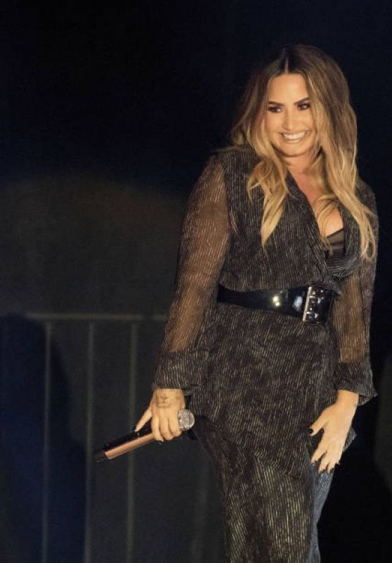 Demi Lovato - Performing at the California Mid-State Fair in Paso Robles