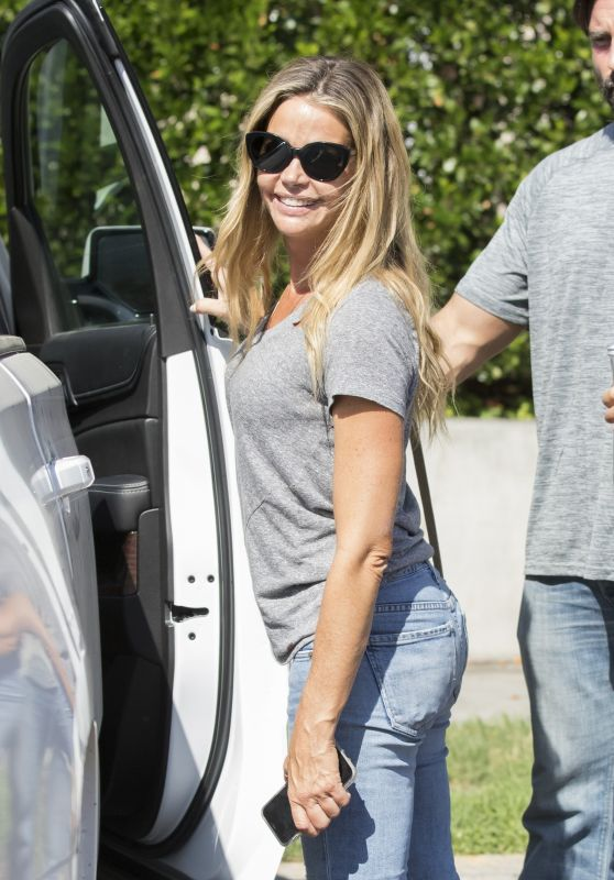 Denise Richards - Leaving Lunch at Tosconova in Calabasas