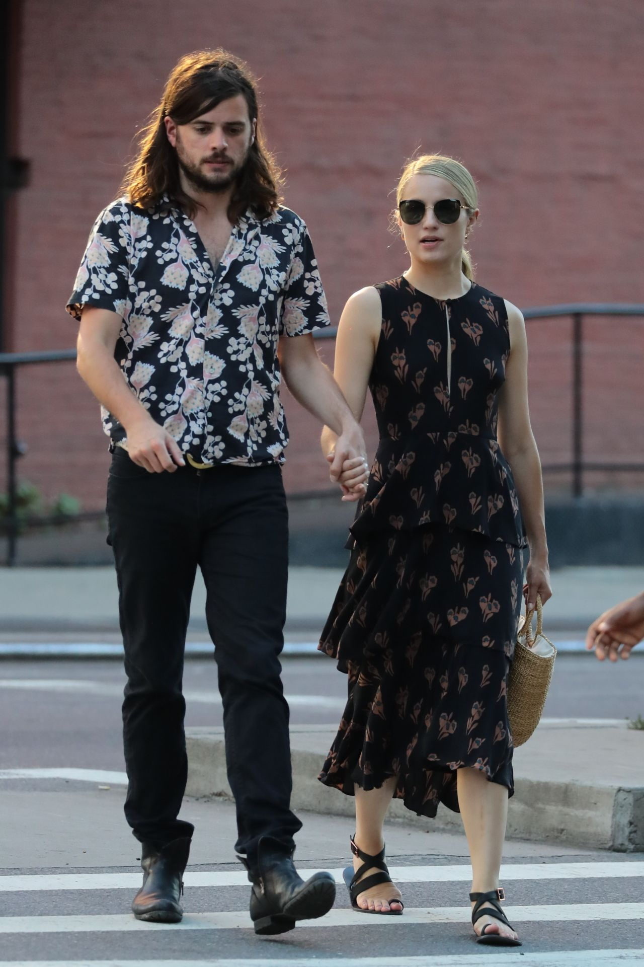 Dianna Agron Holding Hands With Her Husband Winston ...