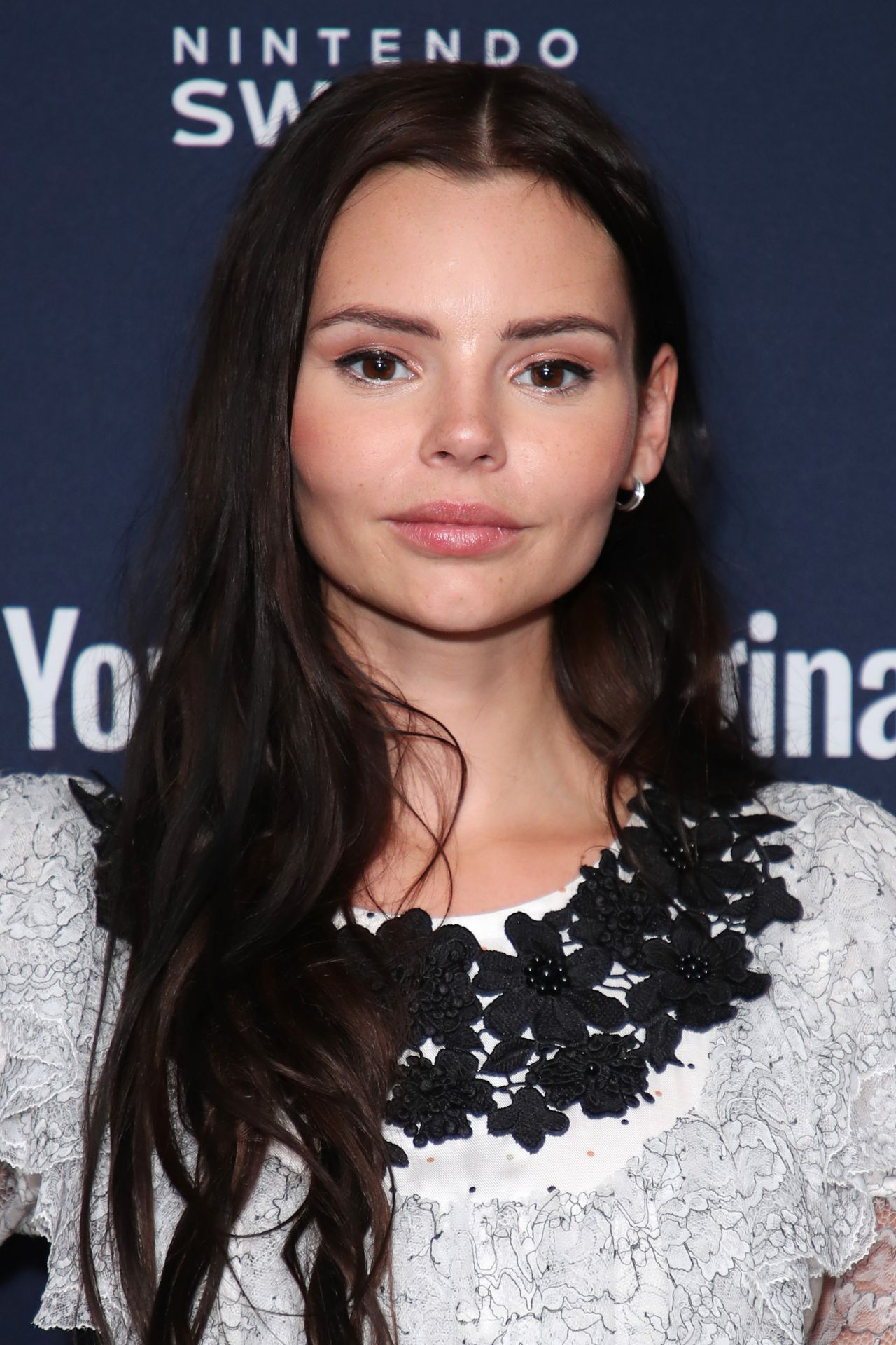 Celebrity Eline Powell nude (28 foto and video), Tits, Leaked, Feet, braless 2015