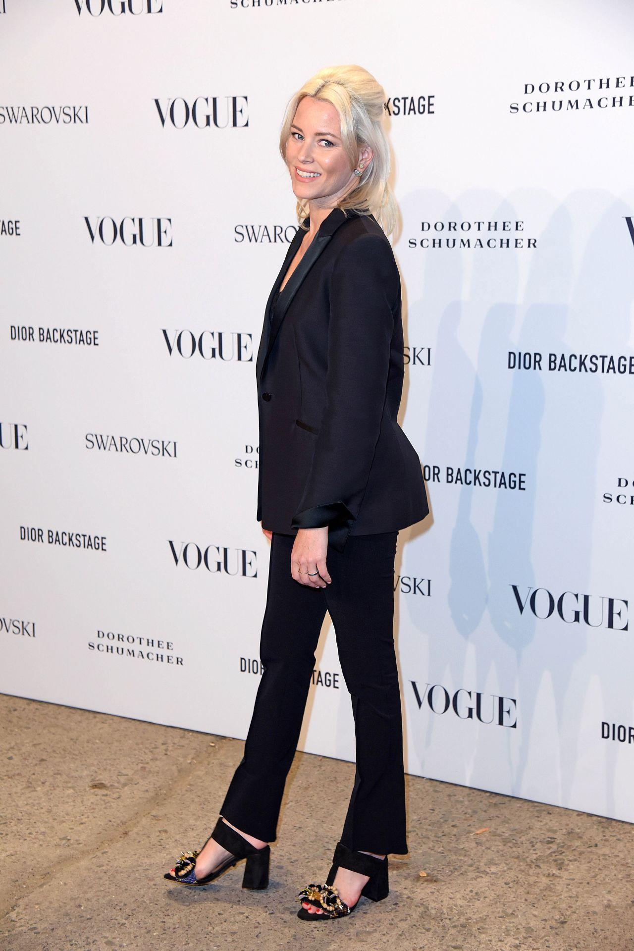https://celebmafia.com/wp-content/uploads/2018/07/elizabeth-banks-at-vogue-fashion-party-in-berlin-07-06-2018-1.jpg