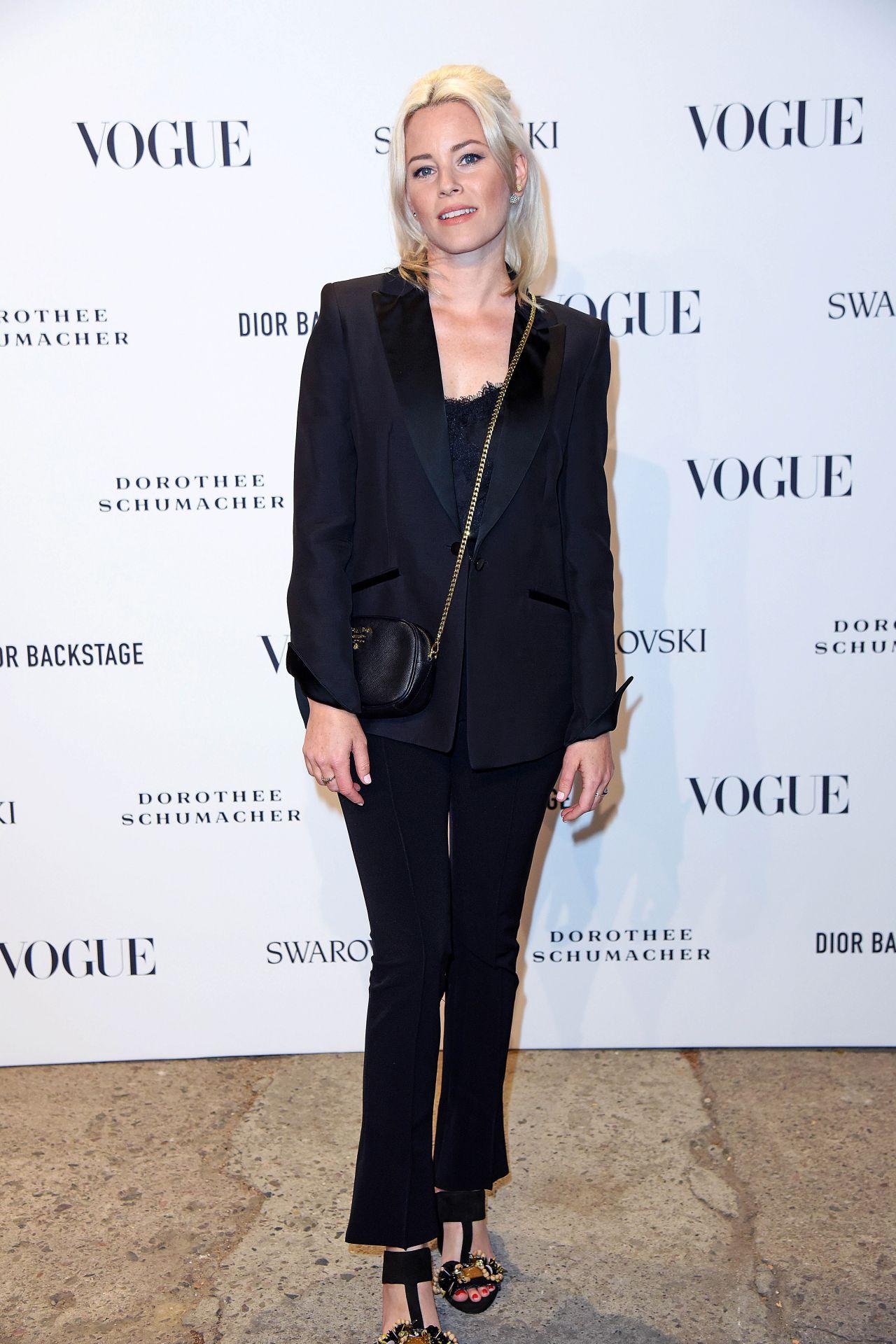 https://celebmafia.com/wp-content/uploads/2018/07/elizabeth-banks-at-vogue-fashion-party-in-berlin-07-06-2018-6.jpg