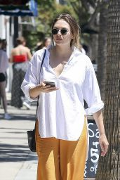 Elizabeth Olsen Shopping in Los Angeles 07/23/2018
