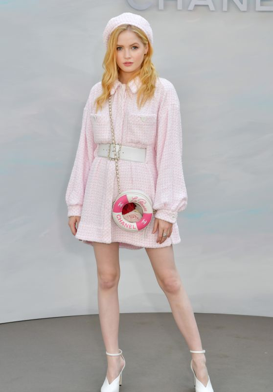 Ellie Bamber - Chanel Haute Couture Fall Winter 2018/2019 Show in Paris
