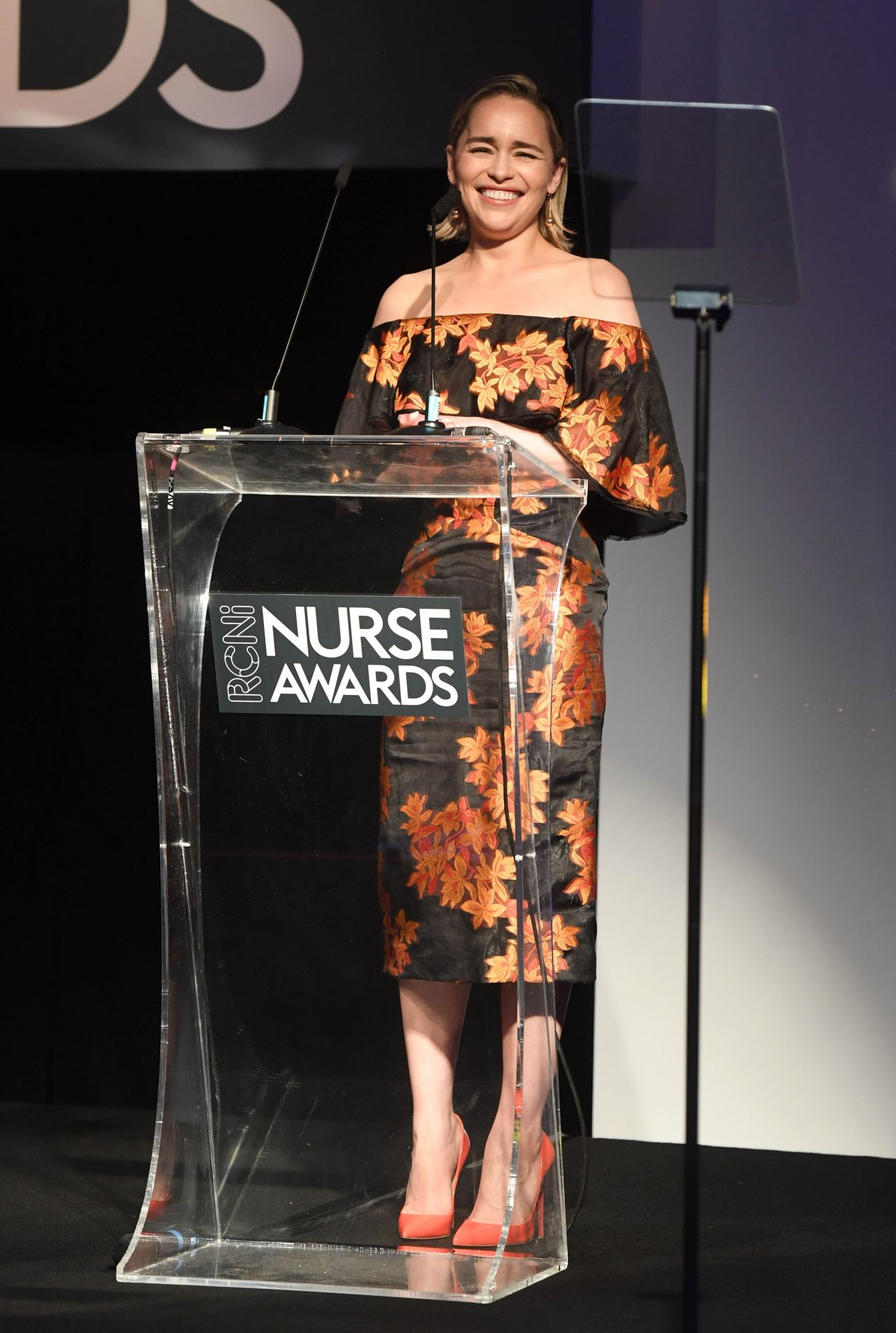 https://celebmafia.com/wp-content/uploads/2018/07/emilia-clarke-nurse-of-the-year-awards-2018-in-london-2.jpg