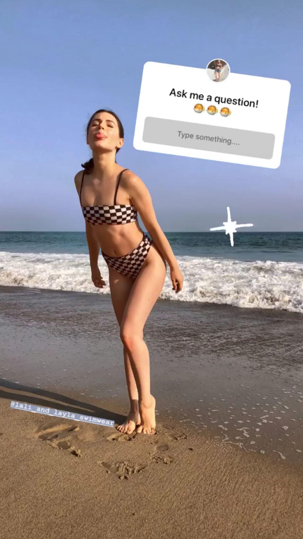 erin sanders bikini