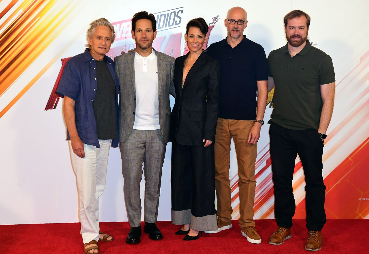 https://celebmafia.com/wp-content/uploads/2018/07/evangeline-lilly-ant-man-and-the-wasp-photocall-in-london-4.jpg