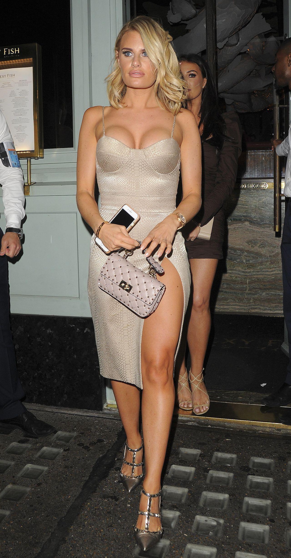 Ariana Grande Nude. 2018-2019 celebrityes photos leaks! Adult videos Apolonia Lapiedra ass,Derrion keller sexy