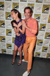 Gal Gadot and Chris Pine - Warner Bros Photocall at SDCC 2018