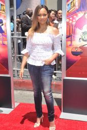 """Garcelle Beauvais – """"Teen Titans Go! to the Movies"""" Premiere in Hollywood"""