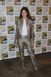 """Hailee Steinfeld - """"Bumblebee"""" Red Carpet at Comic-Con in San Diego"""