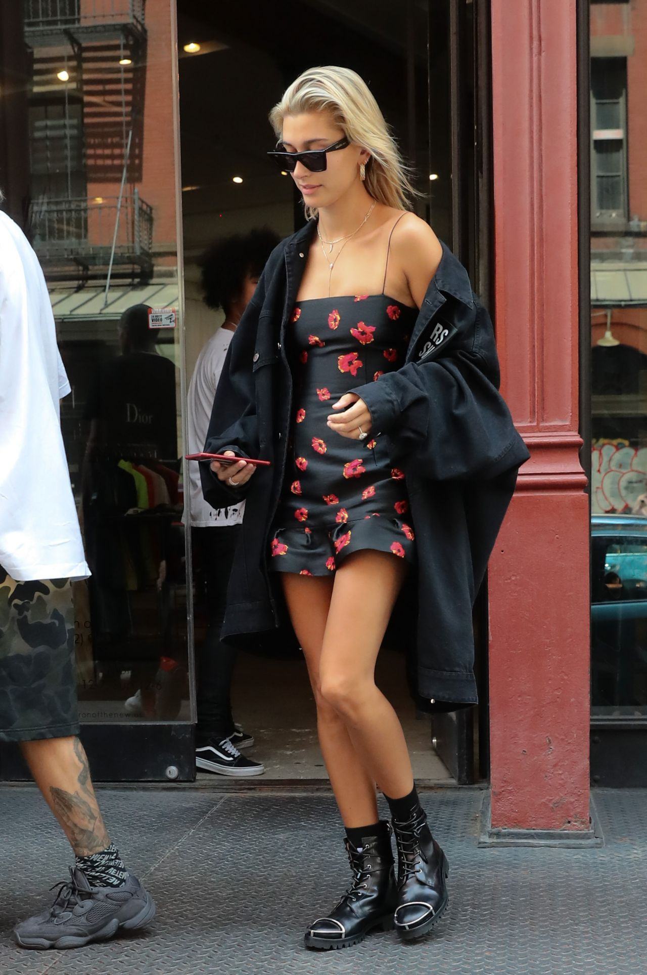 Hailey Baldwin And Justin Bieber Out In Nyc 07 27 2018
