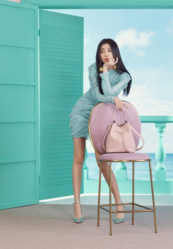 Han Hyo Joo - Lipault Photoshoot Spring/Summer 2018