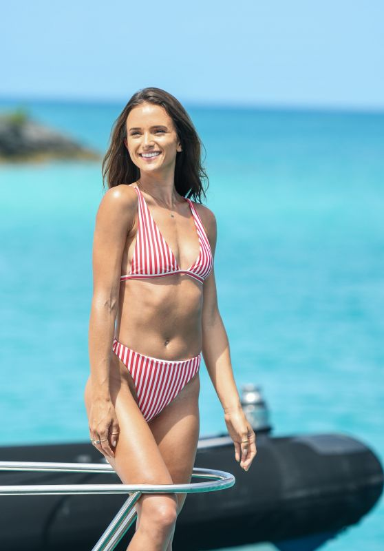 Helen Owen – Revolve Summer 2018 Event in Bermuda